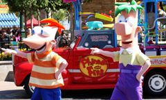 phineas-ferb-dance-party